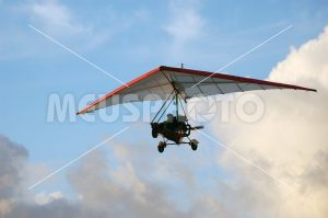 Hang gliding man - MeusPhoto