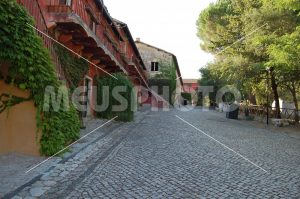 Fossanova Village ancient road with houses - MeusPhoto
